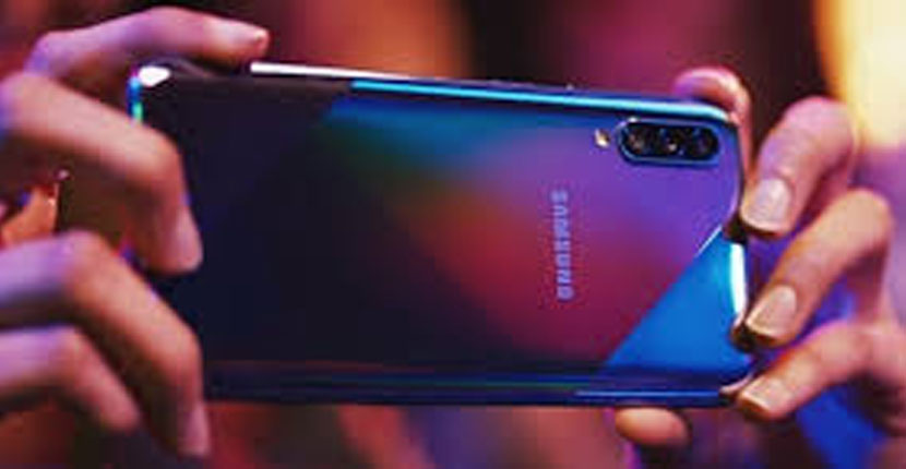 Samsung Galaxy A70s Feature Review